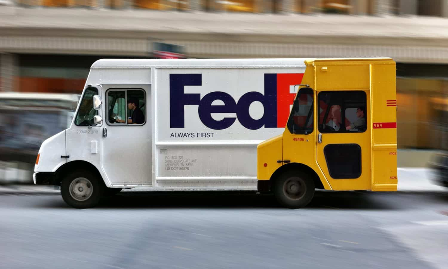 fedex vs dhl brand war
