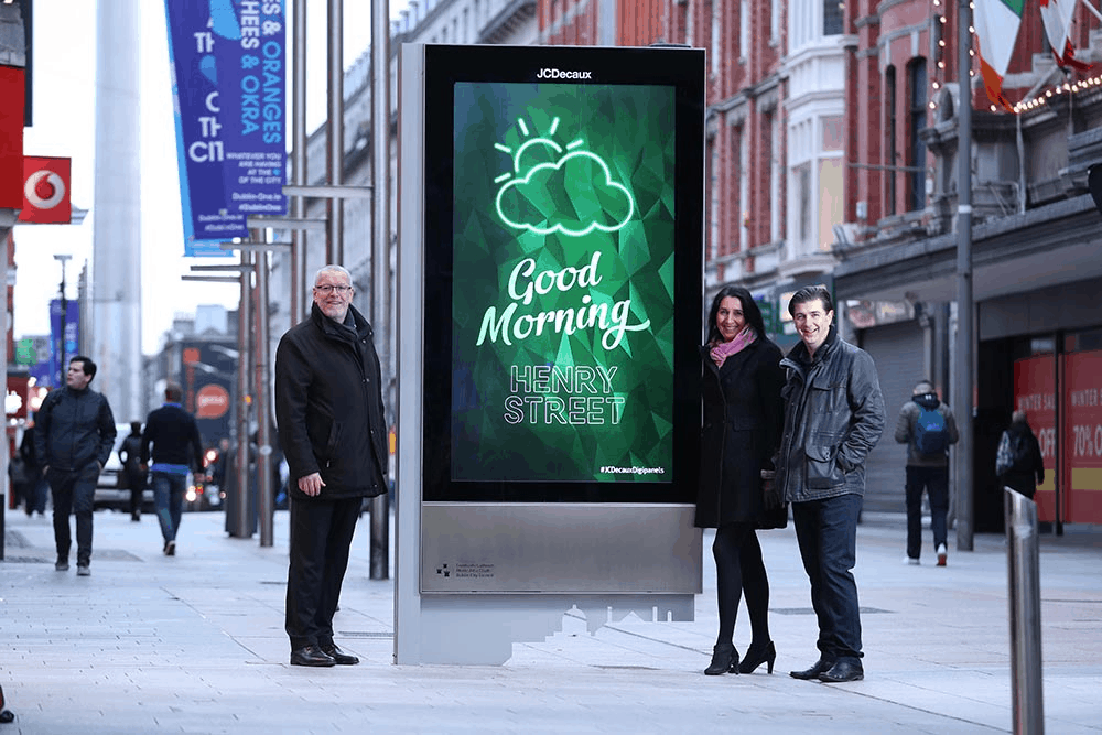 digital out-of-home advertising